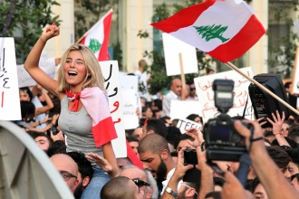 Garbage crisis protested in Beirut